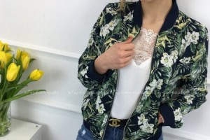 Płaszcze wiosenne i bomberki - sprawdź najnowsze trendy 2019!