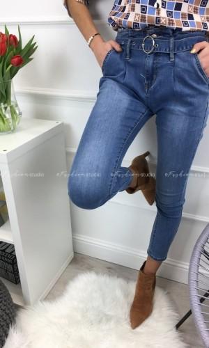 Spodnie jeansowe wysoki stan Queen