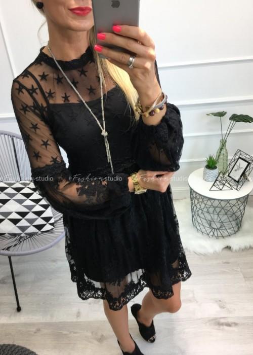 Delikatna damska sukienka z elementami koronki Rossini