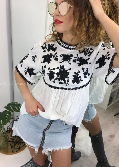 Bluzka w stylu boho Conny Black & White